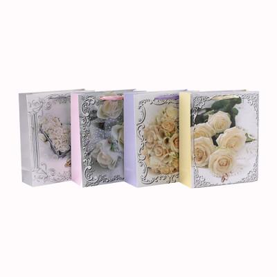 Benutzerdefinierte gedruckt Blumenmuster verschiedene Größen Papier Geschenktüte mit 4 Designs in Tongle Verpackung sortiert