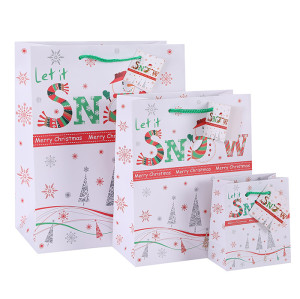 Wholesale Cheap Custom Paper Bags Art Paper Bags Let It Snow Merry Christmas Paper Shopping Bags Nice Gift Packaging Bags With Hangtag In TONGLE PACKING