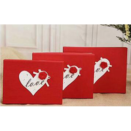 Valentine's Day Red Square Paper Gift Boxes