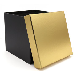 Wholesale Square Cardboard Flower Boxes With Gold Lid Stock Available