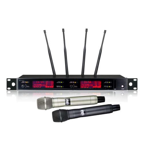 AXT220D Dynamic / Condenser Digitales kabelloses Handmikrofon