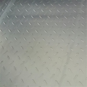 Checkered plate with Material Grade Q235B A36 in Thickness 6mm Galvanizing finished