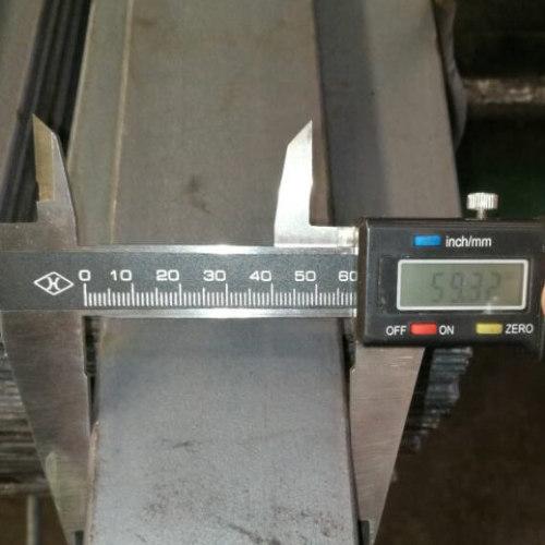 5160 SUP9A 60C3 1.7177 المدرفلة على الساخن الربيع الصلب المسطح بار