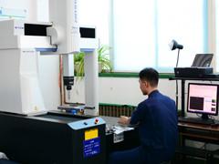 自动三次元测定机