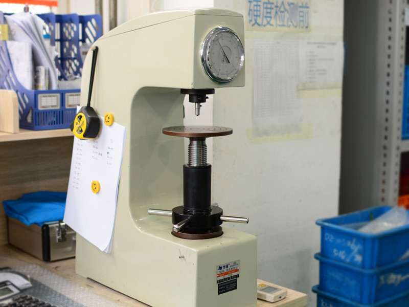 硬度试验机