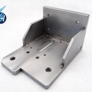 高品質な運送機用の械部品、搬送機用の部品を溶接しております