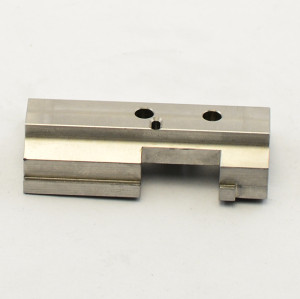 CNC Turning Parts Supplied by China Professional Machinery Parts Processing Workshop