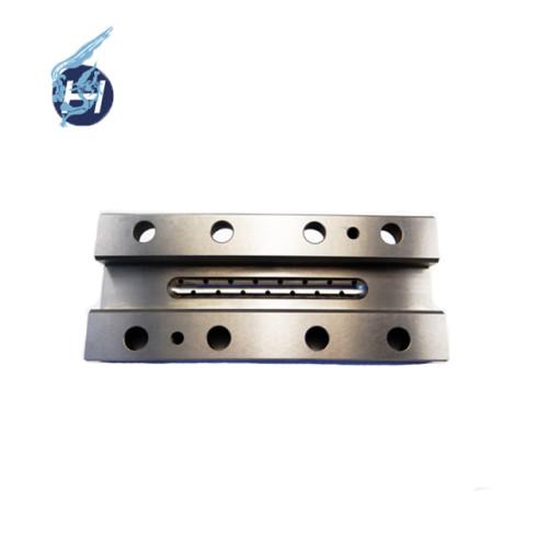 DaLian Hongsheng CNC usinant des pièces de machines sur mesure de haute précision
