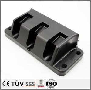Fabrication numérique en série de pièces d'usinage lissées de pièces de Derlin POM noires pour pièces en plastique de machine fabriquées en Chine
