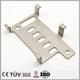 小数量委託加工、SUS304板金切り曲げ 加工設備用品