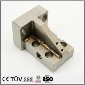 小規模溶接物/溶接したSS400材の折曲がり板金物/精密な炭素鋼溶接部品/ユニクロメッキしたss400溶接部品/工業設備機大きな溶接品