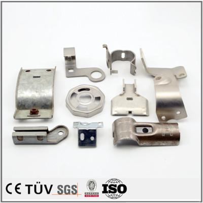 鉄またステンレスなど材料、完璧な板金部品、着色した部品、切、曲げ、溶接など工芸