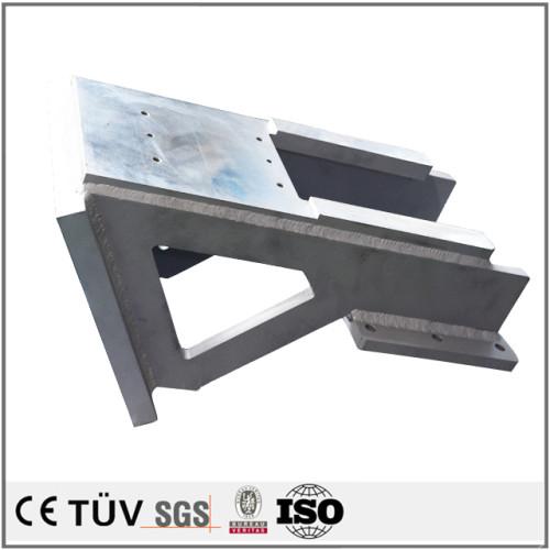 鉄板で錆止め処理を行って,半自動溶接で使用する建築資材溶接部品.