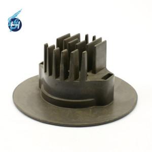 ノックアウト振動機を使って,湯口切断,バフ研磨など処理,バリがない大連鴻昇鋳造軍事用部品.