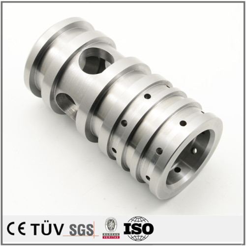 五軸連動複合加工機を駆使して、円筒研削機を使用して、ニッケルメッキ処理、自動設備用ステンレス材料機加工部品。
