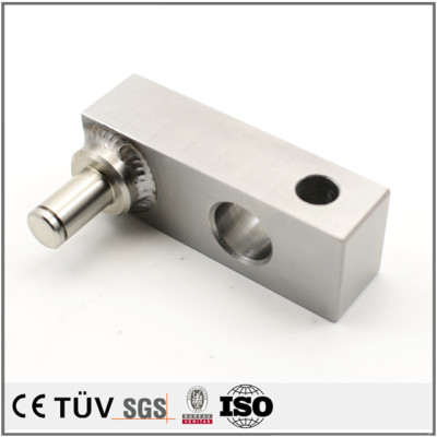 高耐用性な電子設備用溶接部品、ステンレス材料を取り入れて、溶接機を使用して、白アルマイト処理を行う部品。