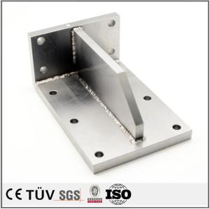 精密溶接部品、鉄またステンレス材質など、マシニングセンター、フライス盤など生産設備。