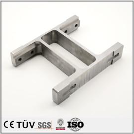 大連高品質金属加工部品 精密部品旋盤加工したSUS304精密部品 五軸マシニングセンター