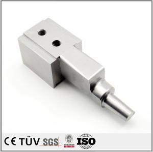 高精密SKD61金型加工、金型表面バフー処理