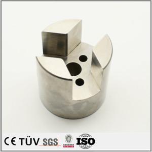 金属プレス加工の精密部品