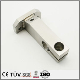 金属や超硬材料の精密小型焊接部品