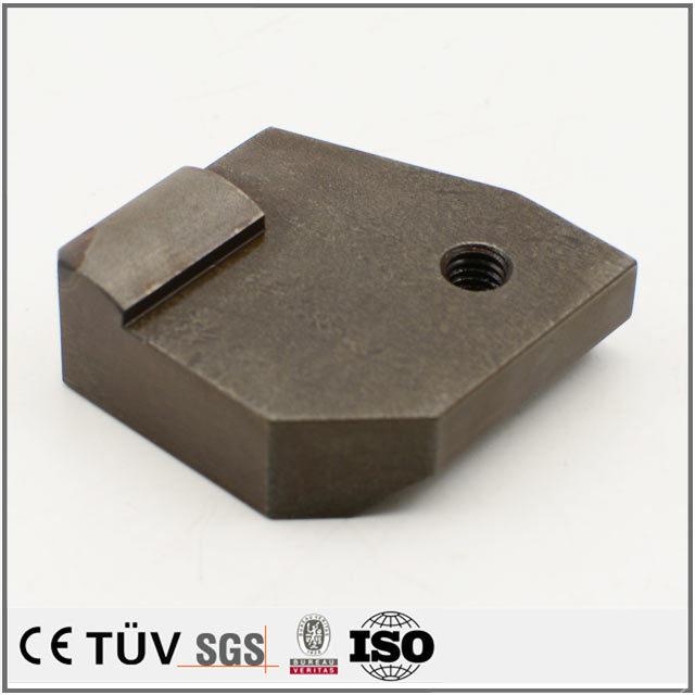 SKD11材質、真空焼き入れ処理