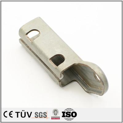 小型板金部品、曲げ加工技術
