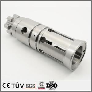 炭鋼材料、五軸連動複合加工機加工、金属部品