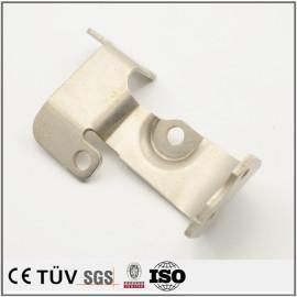 ステンレス材料,レーザー切断機と折り曲げ加工、自動設備用板金部品。