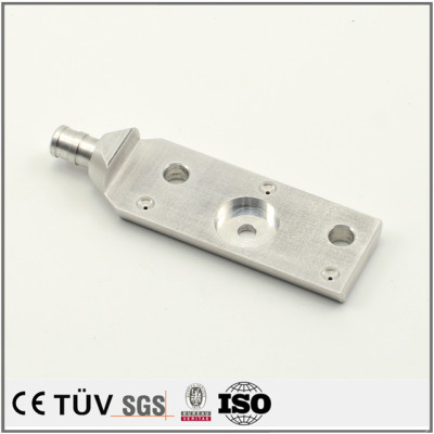 複雑な部品加工、アルミ材質、バフ研磨処理などの高精密金属部品
