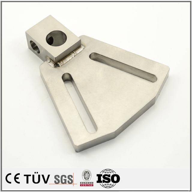 複雑な部品溶接、キリ、ザグリなど精度加工、専門技術加工