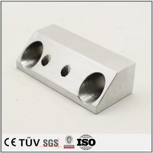 精密アルミ金属部品、ワイヤカード、キリザグリ工芸を持ち大連メーカー製造