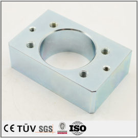 表面には青白い亜鉛をメッキする金属部品、大連高精密設備