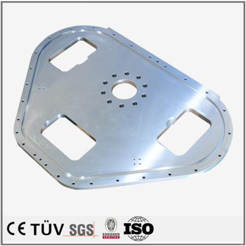 ステンレス材質、NC旋盤加工、ワイヤカード、バフ研磨技術を持ち金属機械パーツ