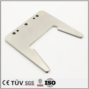 SUS材質、マシニングセンター加工、ワイヤカード研磨などの高精密金属機械加工部品