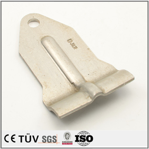 単品からロッドまでの板金加工、高精密設備