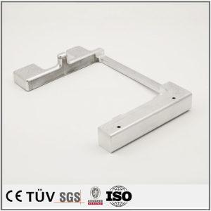 金属切削部品、アルミ材質、高精度バフ、アルマイト処理金属機械パーツ