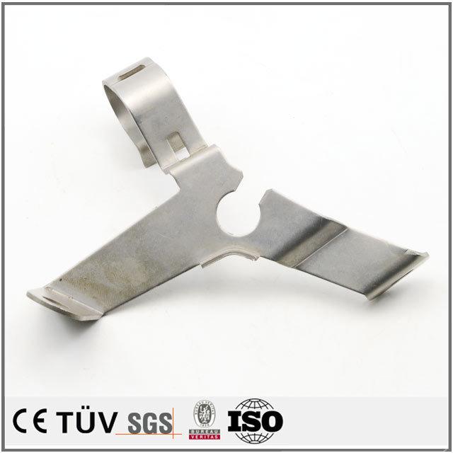 大連メーカー板金加工、高品質金属機械部品曲げ、引張りなどの優れた技術があります