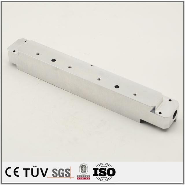 アルミ材質、NC旋盤加工、ワイヤカードなどの高精密設備