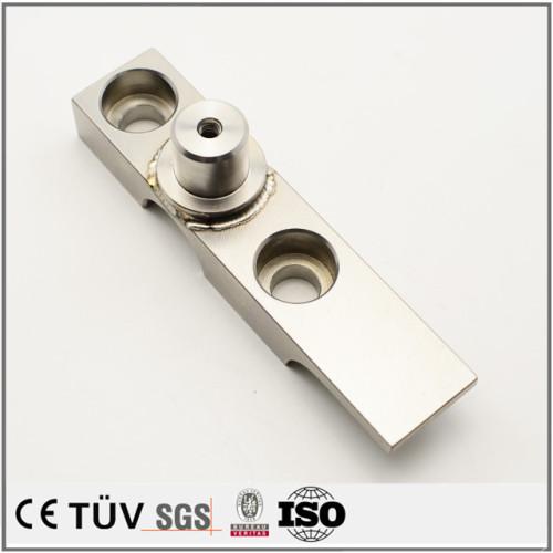 精密な小型溶接部品、マシニングセンター加工の金属機械パーツ