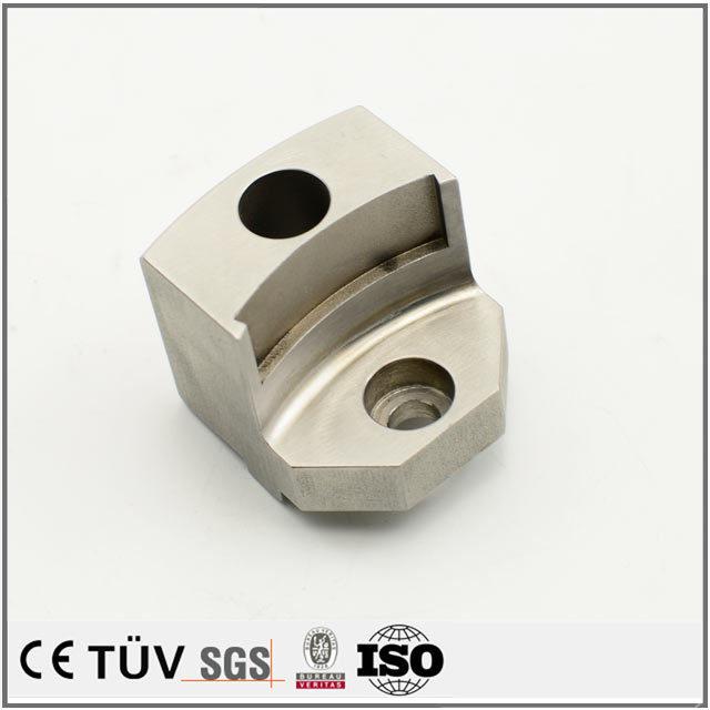 SUS材質、マシニングセンター加工、高周波焼入、焼入れ後研磨処理などの機械部品