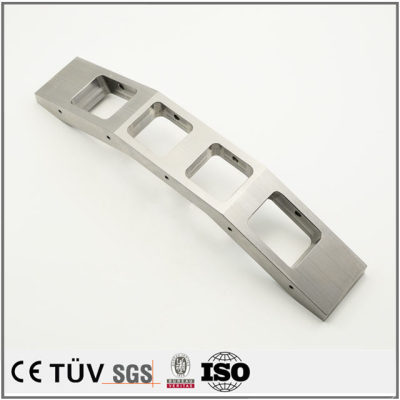 大連ステンレス材質金属部品加工、包装機、印刷機などの高精密設備部品