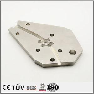 NC旋盤加工したステンレス金属機械部品、アルマイト、無電解ニッケルめっき処理