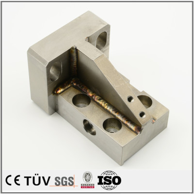 SUS溶接部品、焼入れ焼き戻し、無電解ニッケルめっき処理などの機械部品