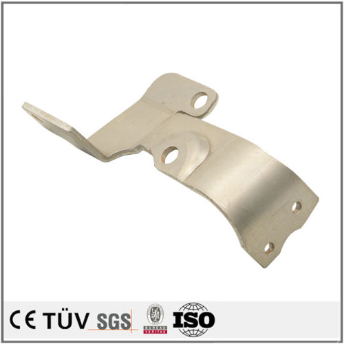 単品から精密板金加工、曲げ加工、白アルマイト処理などの高精密金属部品