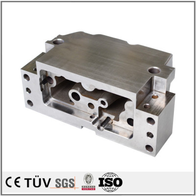 大型模具精密加工,汽车用机械零部件模具,SKD11材质,高精密设备