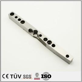 钢制板条精密加工,钻孔沉孔高精密平行度,公差严谨,大连生产设备
