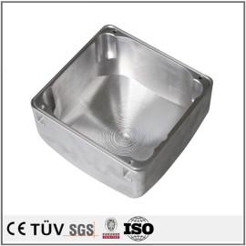 高精密铝材质机械零件,钻孔沉孔加工,内部镜面抛光等工艺部品