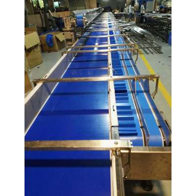 Blue PU food grade Water washing belt conveyor for sale 4 transmision channels