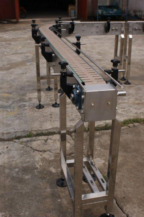 Transportador de cadena plástico curvado superior plano de Uni 880 882